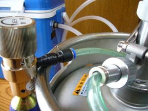 ビアサーバー ガス圧力 調整